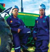 ??  ?? Some of the empowered women in the farm tractor operations