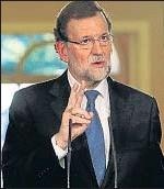 ?? EMILIA GUTIÉRREZ ?? Rajoy, durante la rueda de prensa