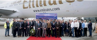 ??  ?? Emi­rates will be one of the first air­lines in the world to fly both the Boe­ing 777-8 and 777-9.