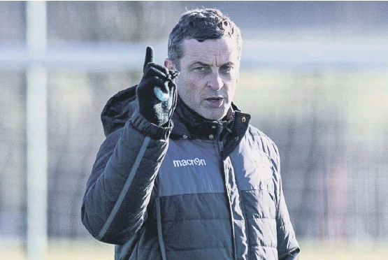??  ?? 2 Jack Ross enjoys the scenic drive from his Northumberland home to Hibs' East Lothian training centre, having settled in the north-east of England after initially moving there when he was Sunderland manager.