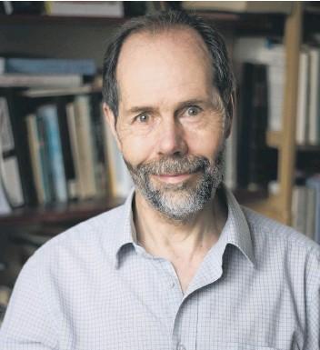 ??  ?? Professor Bill Gray