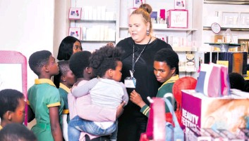 ??  ?? Teaching pupils about the beauty industry is Debbie Botha