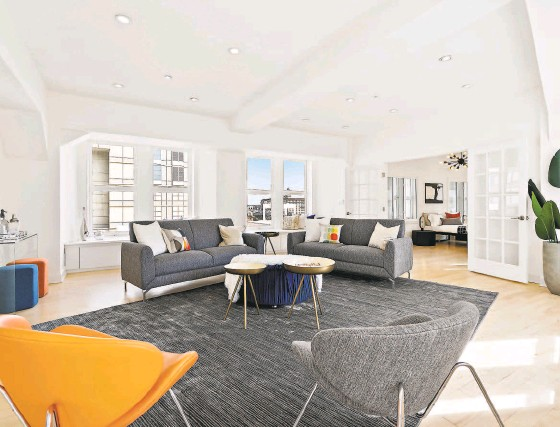 ?? AERIAL CANVAS ?? Recessed lighting and sunlight pouring through large windows illuminates the interior.