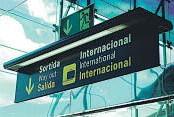 ?? AB ?? LOS AEROPUERTOS –COMO EL DE BARCELONA   EL PRAT– ESTÁN ENTRE LAS INFRAESTRUCTURAS CON MÁS CAPACIDAD PARA CANALIZAR FLUJOS ECONÓMICOS INTERNACIONALES HACIA SU ZONA