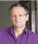 ??  ?? LEFT: