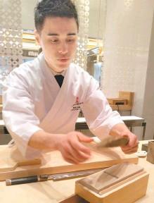 ?? Korea Times photo by Yun Suh-young ?? Executive chef Kim Min at Wynn Palace Macau
