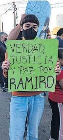 ?? GENTILEZA FAMILIA PAREDES ?? DOLOR. Hubo diferentes protestas para reclamar que se esclarezca el crimen vial.
