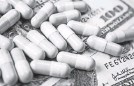 ?? GETTY IMAGES ?? Many seniors across the United States are struggling to pay for their prescription medications.