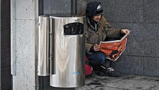 ?? FOTO: TOR WENNSTRÖM ?? Helsingfors stad erbjuder coronavaccin till bostadslösa ■ och också papperslösa på platser där det är lättare att nå dem, även om det förstås också står alla fritt att boka tid själv. Arkivbild.
