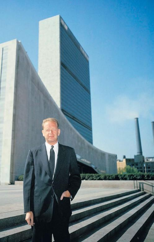 ?? Arkivbild: UPI ?? Generalsekreterare Dag Hammarskjöld i FN i februari 1961, ett drygt halvår före kraschen.