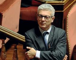 ??  ?? Presidente Nicola Morra (M5s) è presidente della Commissione antimafia