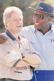 ?? MARCY NIGHSWANDE­R/AP 1993 ?? Then-President Bill Clinton, left, and Vernon Jordan on the course at the Farm Neck Golf Club in Oak Bluffs, Massachuse­tts.