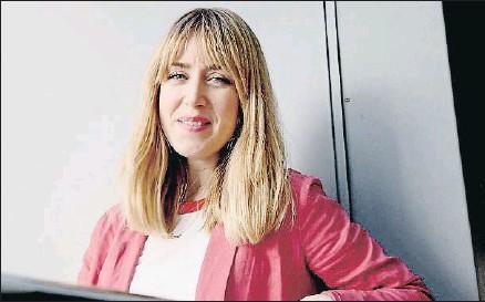 ?? KIM MANRESA ?? Raquel Córcoles, Moderna de Pueblo