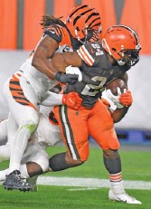 ?? GETTY IMAGES ?? Browns running back Nick Chubb rushed for 124 yards and two touchdowns Thursday against the Bengals. The Browns had 6,000 fans inside their 68,000-seat FirstEnergy Stadium.