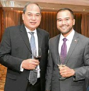 ??  ?? PHILIPPINE Dealing and Exchange Corp. president and CEO Cesar B. Crisol and Philippine Stock Exchange senior vice chair and chief operating Officer Roel A. Refran