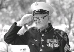 ?? File Photo/staff ?? R.V. Burgin, a Texas native, saluted during a Memorial Day Service at Restland Memorial Park in May 2016.