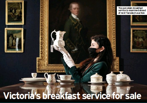 ??  ?? The porcelain breakfast service is examined ahead of next Tuesday's auction