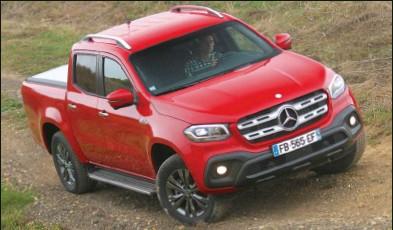 ??  ?? L'ensemble moteur, boîte et transmission est désormais d'origine Mercedes pour la version 350 d de ce pick-up cousin du Nissan Navara.