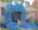 ??  ?? Lisa Boll's Cookie Monster made out of vines has gotten a lot of attention. SHELLY STALLSMITH/YORK DAILY RECORD