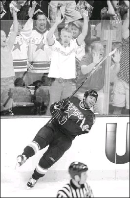 ?? MICHAEL AINSWORTH/Staff Photographer ?? Stars defenseman Trevor Daley, 22, is beginning to enjoy the good life as a professional athlete, but things were a bit tougher as a kid from the projects.