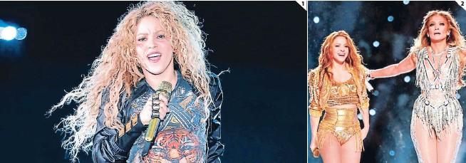 ??  ?? (1) Aún se desconoce cuál es el monto por el cual Shakira vendió sus 145 canciones. (2) La artista tuvo un exitoso 2020 gracias su participación en el Super Bowl.