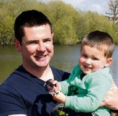?? Picture: Denis Minihane ?? Gavin and Luke Looney, Banduff, Cork, at the Lough, Cork.