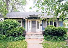 ??  ?? This Minneapolis home was a simple 1920s Craftsman. It was dramatically transformed as part of a makeover.