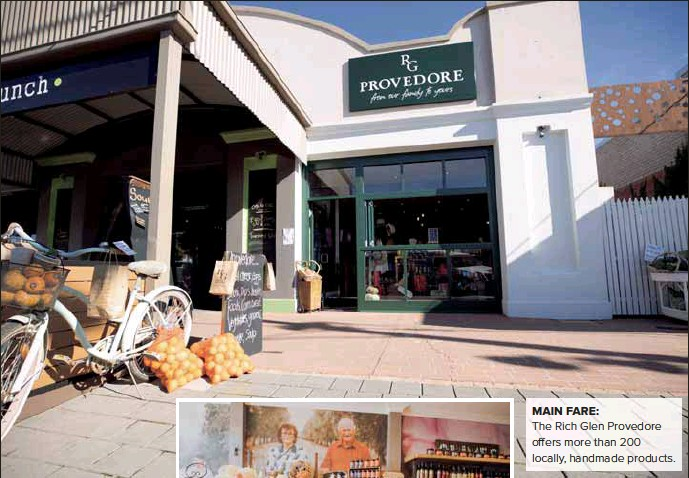 ??  ?? MAIN FARE: The Rich Glen Provedore offers more than 200 locally, handmade products.
