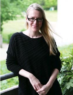 ?? FOTO: SOFIE PELSMAKERS ?? Sofie Pelsmakers leder forskningsgruppen ASUTUT vid Tammerfors Universitet. Forskarna vill reda ut hur man ska undvika problemen med de finska husen och vilka lösningar som kan tillämpas i äldre hus.