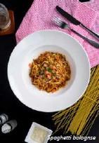 ??  ?? Spaghetti bolognse