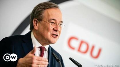 ??  ?? Armin Laschet de la CDU est en concurrence avec Markus Söder de la CSU