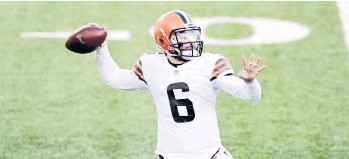 ?? ADAMHUNGER ?? Just a few weeks ago, Baker Mayfield and the Browns seemed a shoo-in for a playoff berth. With a loss Sunday, they could complete a mammoth collapse.