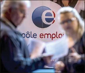 ??  ?? Près de 3 millions de personnes ont été recrutées sans offre publiée en 2020.