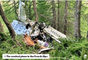 ??  ?? > The crashed plane in the French Alps