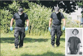 ??  ?? 'SCUFFLE' Police in Tichborne Grove, Leigh Park, where a George Allison, inset, died