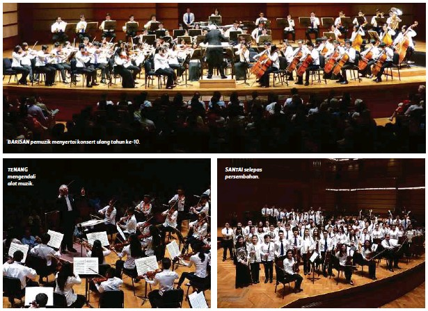 ??  ?? BARISAN pemuzik menyertai konsert ulang tahun ke-10. TENANG mengendali alat muzik. SANTAI selepas persembahan.
