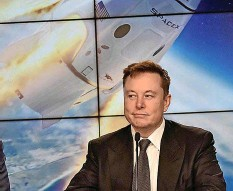 ?? REUTERS ?? Tesla-gründer Elon Musk eckt mit seinen Satellitenplänen an.
