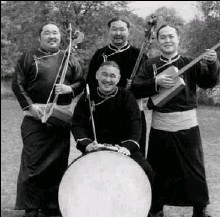 ?? WWW.ALASHENSEMBLE.COM ?? The Alash Ensemble, whose members are skilled in producing multiple notes simultaneously in the vocal style known as throat-singing.