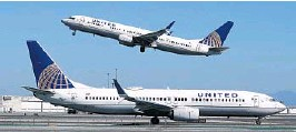 ?? JEFF CHIU/AP 2020 ?? United Airlines says it will train 5,000 pilots at its own academy in this decade, and it hopes that half of them will be women or people of color.