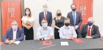 ??  ?? Los partidos de Chile Vamos y el Partido Republicano: lista única de la derecha.