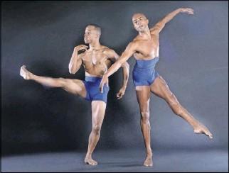 ?? Brian Guilliaux ?? Dallas Black Dance Theatre's Claude Alexander III (left) and Sean J. Smith are celebrating their 10th season with Dallas Black Dance Theatre.