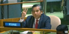??  ?? This screengrab of handout video made available on the United Nations' YouTube channel shows Kyaw Moe Tun making a threefinger salute as he addresses an informal meeting of the United Nations General Assembly in New York.