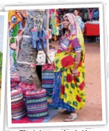 ??  ?? The Anjuna market, held on Wednesdays, is used to be known as the Hippie Market.