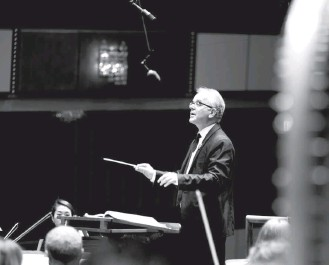 """?? SHANNON FINNEY ?? Christopher Bell in 2017. He led the Washington Chorus as it presented James MacMillan's """"Cantos Sagrados"""" and Maurice Duruflé's Requiem in its season closer Sunday at National Presbyterian."""