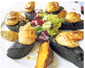 ??  ?? Stornoway Black Pudding is made using lamb, pork or beef blood and oats.