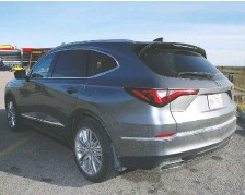 ??  ?? The top-of-the-line Platinum Elite MDX cost close to $70,000 before taxes.