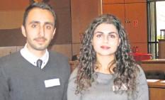 ?? FOTO: CASPAR ?? Dürfen als Bankkaufmann und Krankenschwester in Deutschland arbeiten: Mohammad Ali und Resmija Emini.