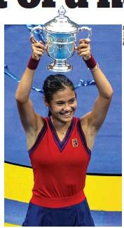 ??  ?? Victory: Smiling Emma Raducanu