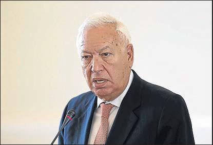 ??  ?? El ministro de Asuntos Exteriores, José Manuel García Margallo, en un reciente viaje a Irán