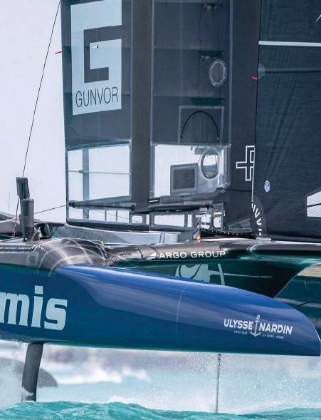 ?? Bild: ERIK ABEL ?? båten Softbank (i bakgrunden).